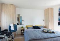 Chambre du Mobil-Home PMR sur la presqu'ile de Crozon Kernavéno à Crozon-Morgat dans le Finistère